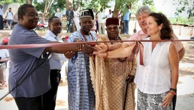 Don, Suanne and Chiefs Cutting Ribbon